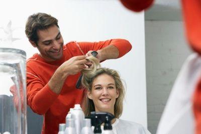Хороший парикмахер стилист